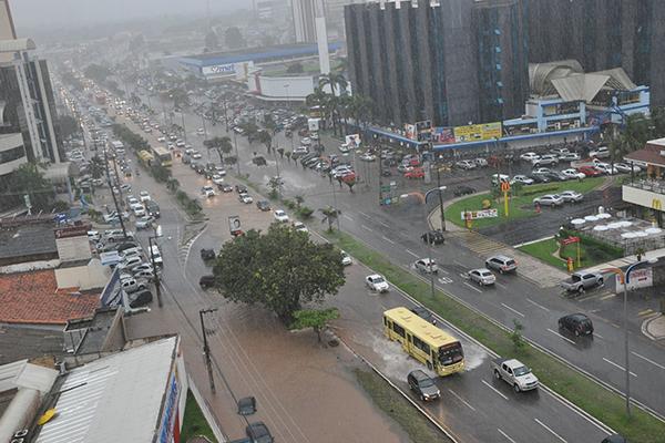 Resultado de imagem para chuvas em São Luís