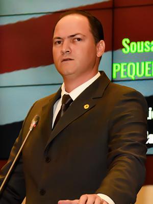 Sousa Neto aponta falha em concurso