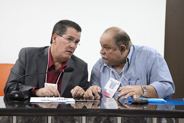 Presidente da Federação Maranhense de Futebol, Antônio Américo e o diretor de competições Antônio Henrique