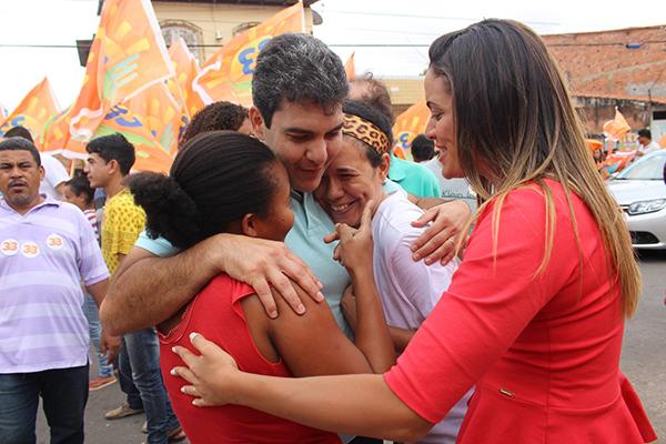 Eduardo Braide cumprimentou moradores e reafirmou seu compromisso com a população