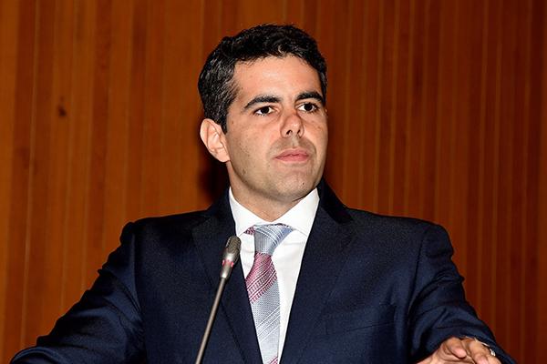 Governo prejudica novamente os produtores, alerta Adriano Sarney