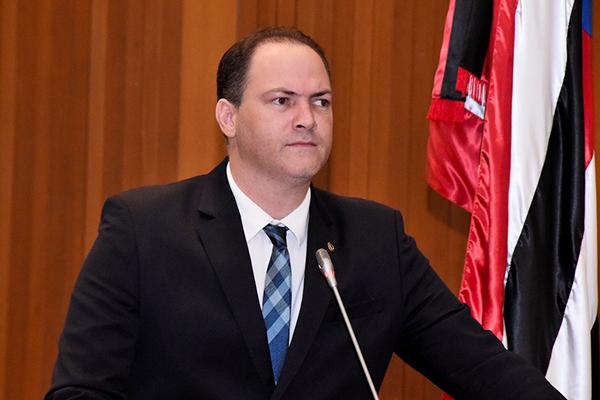Sousa Neto cobra posicionamento da SSP sobre desaparecimento de dois policiais militares em Buriticupu