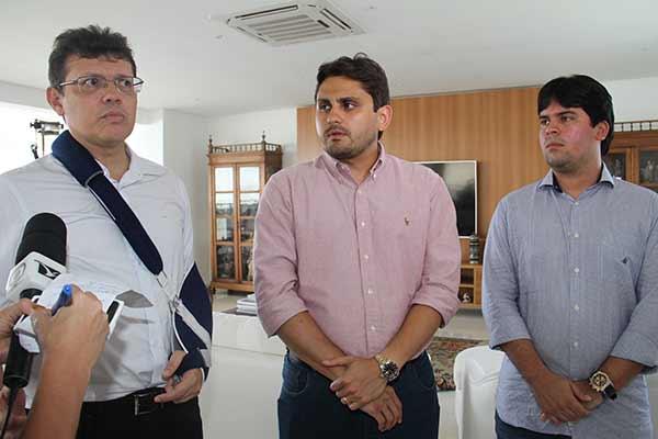 Deputados federais João Marcelo, Juscelino FIlho e André Fufuca se reúnem com Maurício Quintella