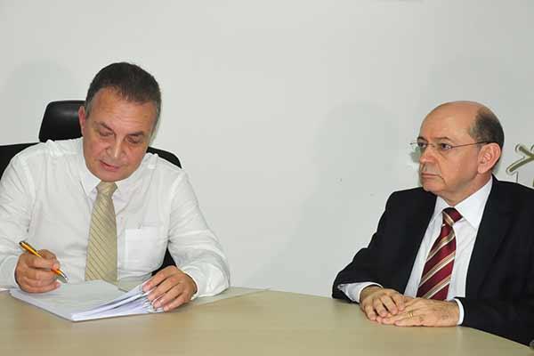 Primeiras Medidas da gestão de Luis Fernando são aprovadas na Câmara de São josé de Ribamar